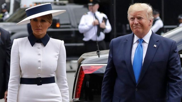 President Trump, first lady tour Westminster Abbey amid feud with London's mayor