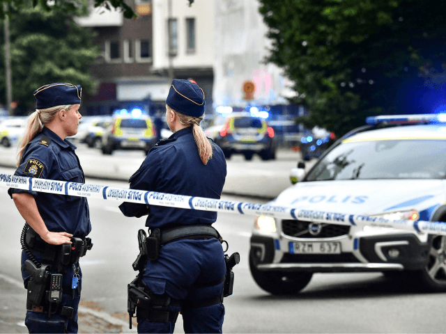 sweden:-local-residents-tense-after-shootings-in-karlstad