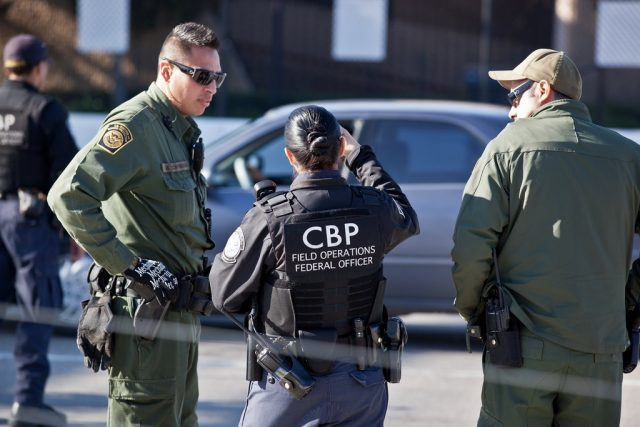 72,000-illegal-crossing-arrests-made-at-mexican-border-in-july