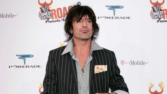 tommy-lee-hate-tweet-trending-on-twitter-and-it's-not-even-original-content