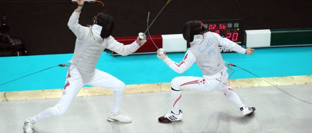american-fencer-kneels-in-protest-for-bronze-medal,-tweets-later-to-complain-about-donald-trump