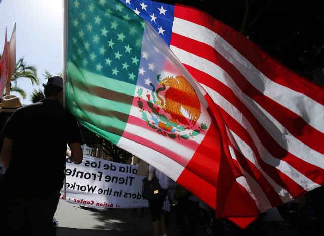 us.-citizens-won't-fund-dnc-so-they-are-fundraising-in-mexico-instead