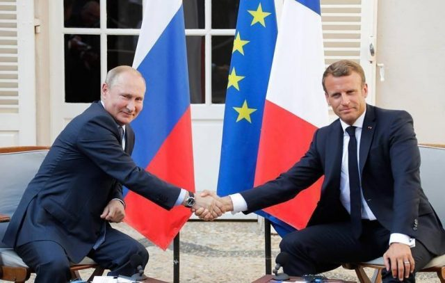 macron-sucks-up-to-putin-during-meeting,-as-he-trashes-trump-(video)