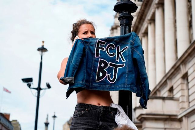 delingpole:-ironically,-london's-anti-democracy-brexit-protesters-have-no-idea-what-fascism-actually-is