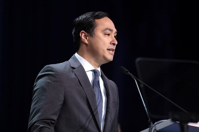 julian-castro-climate-plan-addresses-'environmental-injustice-and-racism'