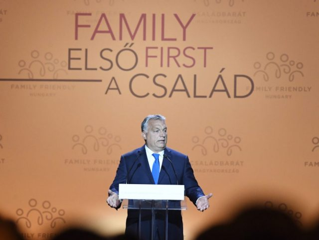 hungary-promotes-childbirth-as-alternative-to-mass-migration-at-pro-family-conference