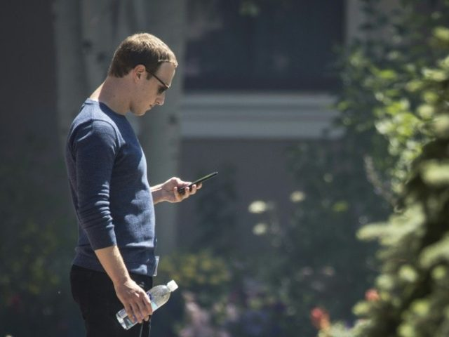 facebook-is-upset-that-apple-will-let-you-control-its-snooping