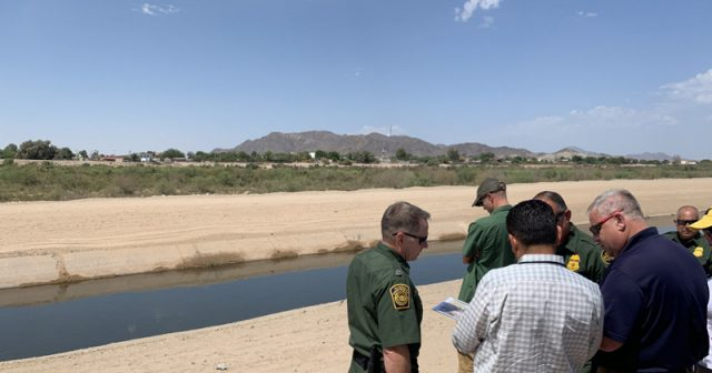 army-secures-560-acres-of-land-along-border-for-wall-construction