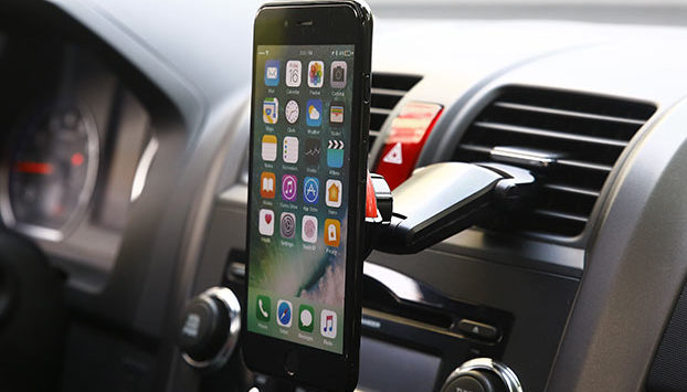 access-your-phone-on-the-road-safely-with-these-car-mounts