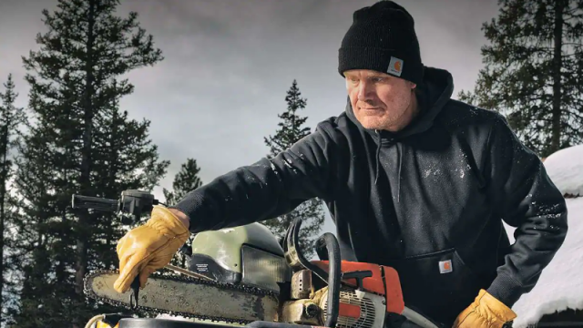 its-autumn,-but-winter-is-coming.-fight-the-cold-with-warm-and-rugged-carhartt-men's-wear