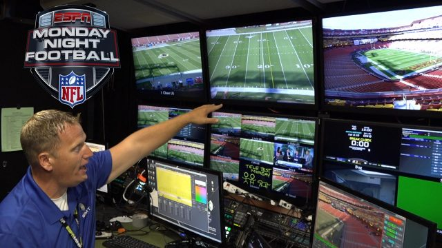 'monday-night-football'-behind-the-scenes:-how-are-the-graphics-made?