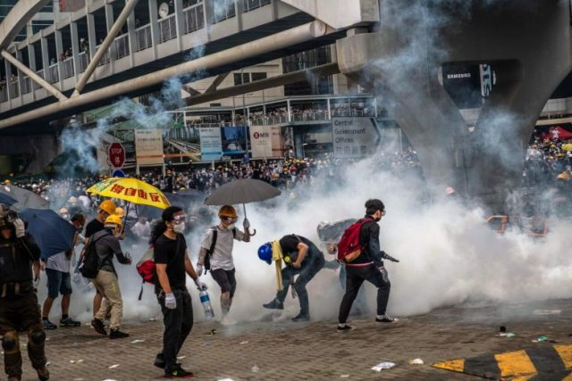 hong-kong-considers-cutting-off-internet-as-protests-rage-on