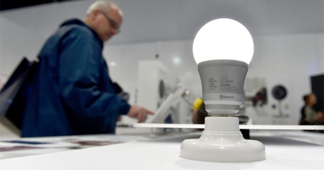 hackers-can-exploit-smart-lights-to-spy-on-you-–-study