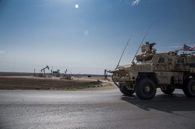 us-leaves-troops-to-steal-syrian-oil