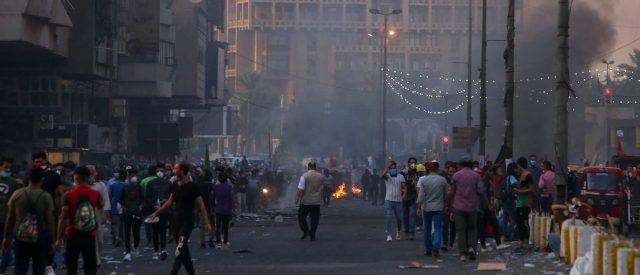 at-least-300-dead,-15,000-injured-since-iraqi-anti-government-protests-began-in-october:-report
