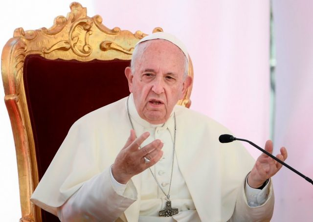 pope-francis-calls-for-new-models-of-'inclusive-capitalism'