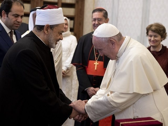 pope-francis-again-welcomes-grand-imam-of-al-azhar-to-vatican