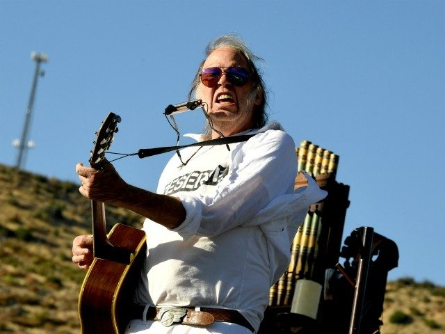 neil-young:-'loser'-trump-the-latest-president-to-do-nothing-about-climate-change