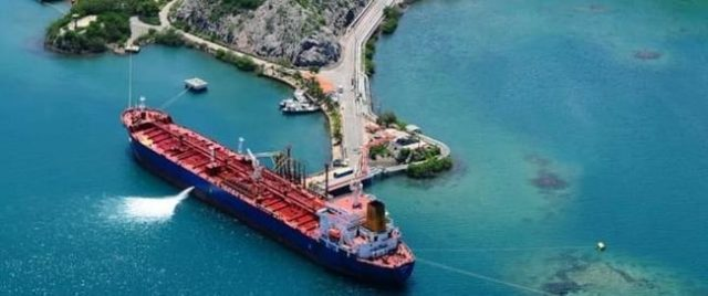 venezuela-is-using-invisible-oil-tankers-to-skirt-sanctions