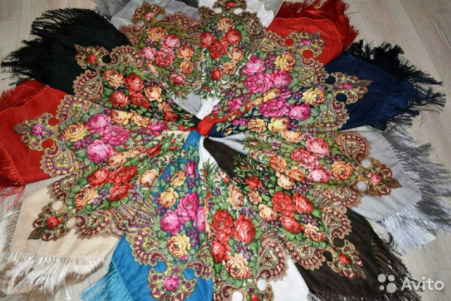 pavlovo-posad-shawls:-russian-flowers-for-ladies'-shoulders-and-girls'-heads