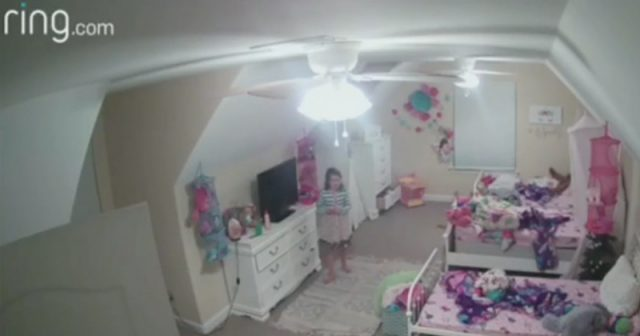 creepy:-ring-camera-hacker-spies-on-8-year-old-girl,-tells-her-he's-santa-claus
