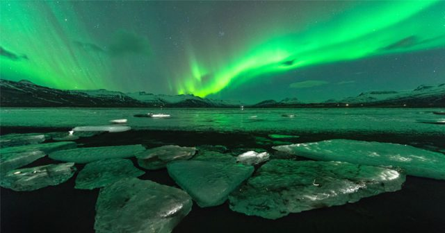 pole-dancing:-earth's-magnetic-north-is-racing-towards-siberia-at-fastest-pace-in-400-years,-perplexing-scientists