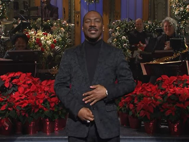 eddie-murphy-dings-bill-cosby-in-snl-monologue-—-'who-is-america's-dad-now?'