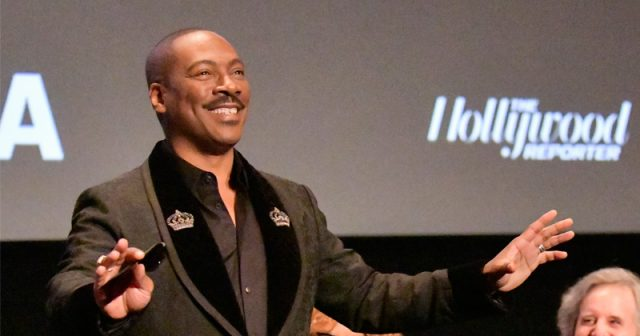 eddie-murphy-returns-with-'80s-style-un-pc-jokes,-saves-snl-from-trump-flop