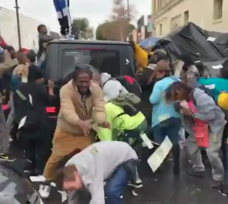 watch-rapper-make-it-rain-on-skid-row-homeless-–-an-important-lesson-for-the-fed
