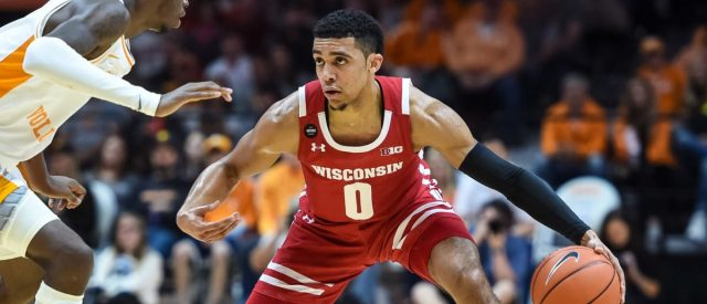 highlights:-wisconsin-beats-tennessee-68-48,-improves-to-7-5