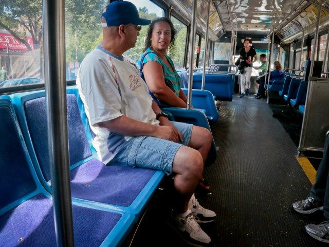 video:-man-allegedly-slashes-bronx-bus-passenger-in-face
