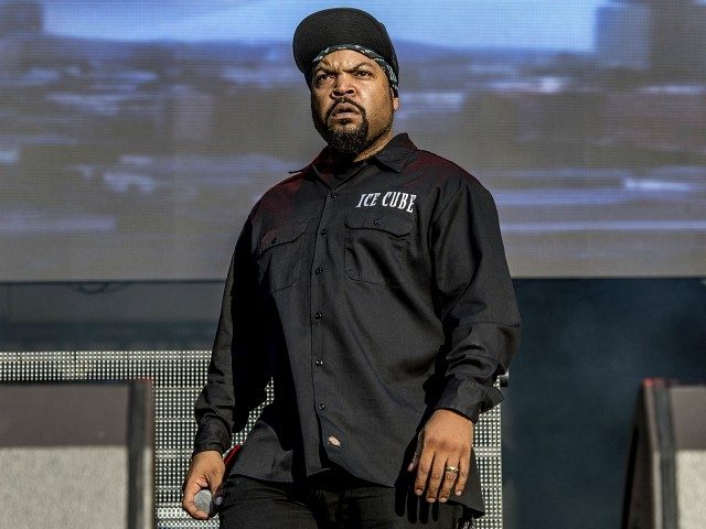 rapper-ice-cube:-'i-can't-wait'-to-see-donald-trump-in-handcuffs