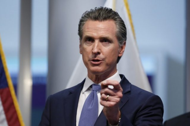 california-governor-issues-'stay-at-home'-order-for-residents