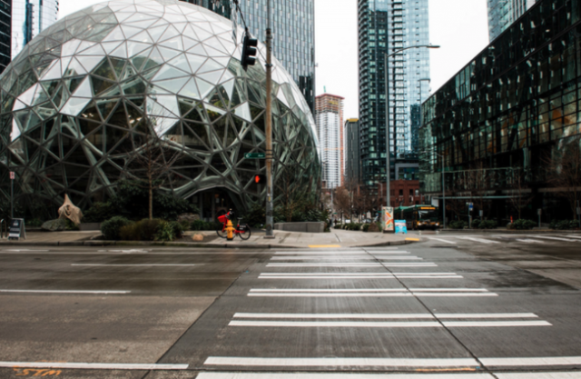 """""""i-lost-100%""""of-my-business-–-seattle-transforms-into-'ghost-town'amid-covid-19-crisis"""