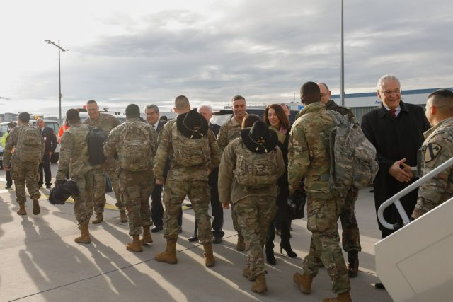 10,000-us-troops-spread-out-across-europe