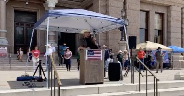 watch:-texans-rally-at-state-capitol-in-protest-of-contact-tracing