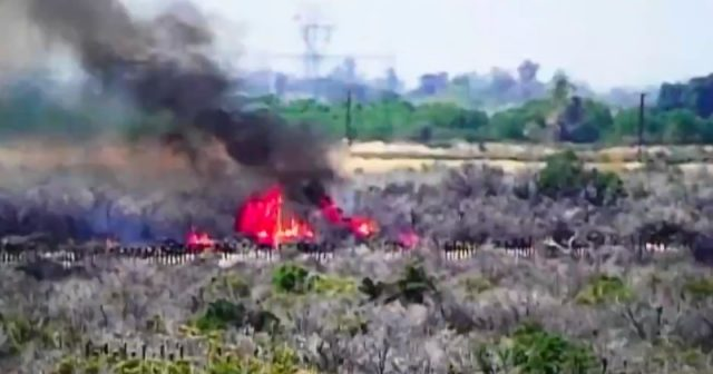 watch:-arsonists-cross-border-to-set-fires,-escape-back-to-mexico