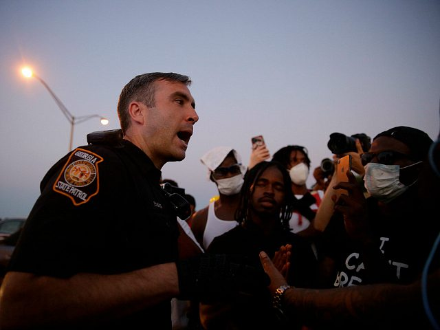 multiple-reports:-atlanta-cops-walk-out-in-protest