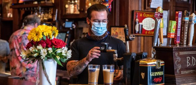 group-of-texas-bar-owners-sue-state-over-closures-amid-coronavirus-case-surge