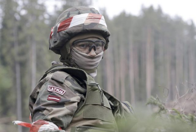 latvians-are-not-ready-to-see-armed-soldiers-in-riga