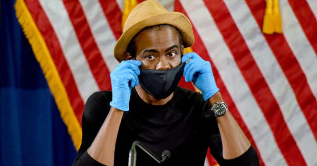 chris-rock-blames-democrats-for-'letting-the-pandemic-come-in'