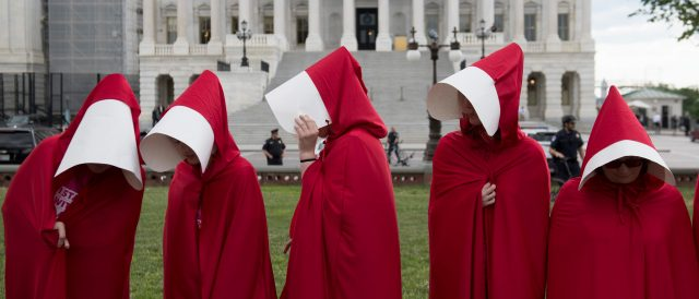 media-outlets-link-catholic-group-associated-with-amy-coney-barrett-to-'the-handmaid's-tale'