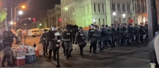daily-caller-reporters-arrested-during-louisville-riot