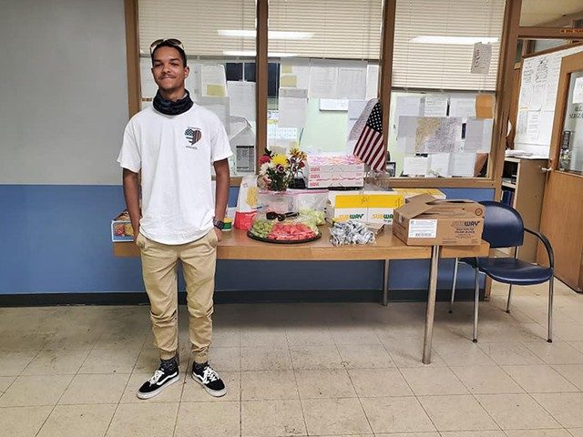 teen-who-fed-columbus-officers-working-protests-delivers-meals-to-cleveland-police