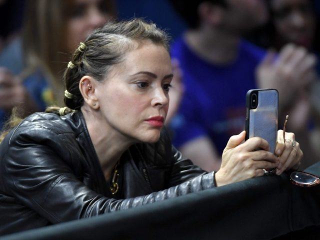 alyssa-milano:-'the-entire-gop-should-be-tried-for-treason'