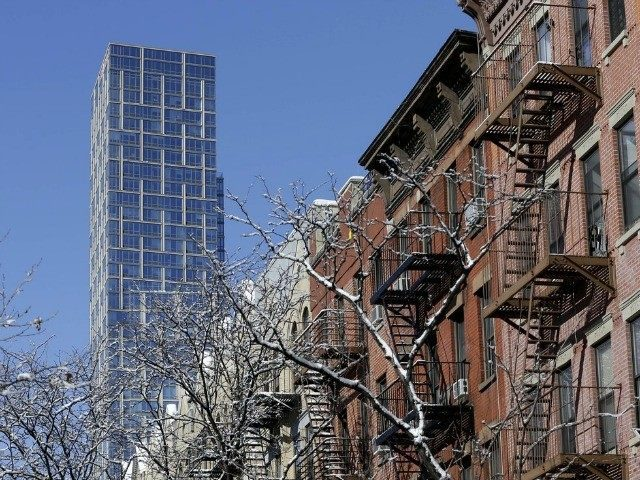 democrats'-virus-lockdown-in-new-york-drives-apartment-sales-down-44-percent–10,000-units-unoccupied
