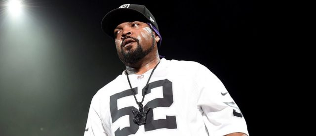 ice-cube-responds-to-being-called-a-'sellout'-for-working-with-trump-administration
