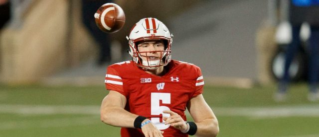wisconsin-pulverizes-illinois-45-7-behind-the-arm-of-graham-mertz
