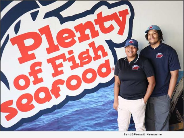 citizenwire:-sibling-entrepreneurs-billy-wright-ii-and-bree-wright-beat-pandemic-odds-open-'plenty-of-fish-seafood'-eatery-in-the-high-desert