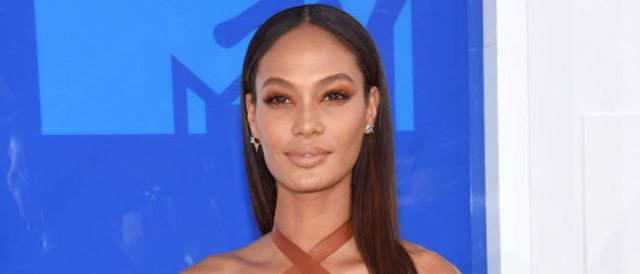 joan-smalls-wins-day-with-jaw-dropping-swimsuit-clip